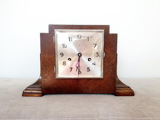 Hamburg American Clocks Mantel Clock