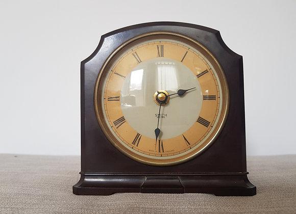 Smiths Coloured Dial Bakelite Mantle Clock