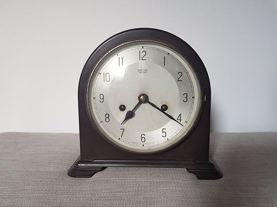 Smiths Enfield Bakelite Mantle Clock