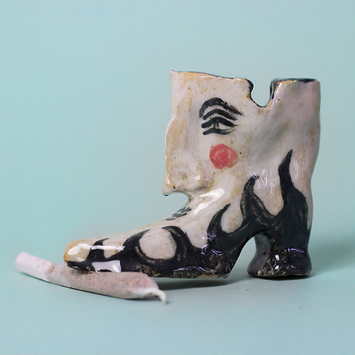 flame-boot ashtray