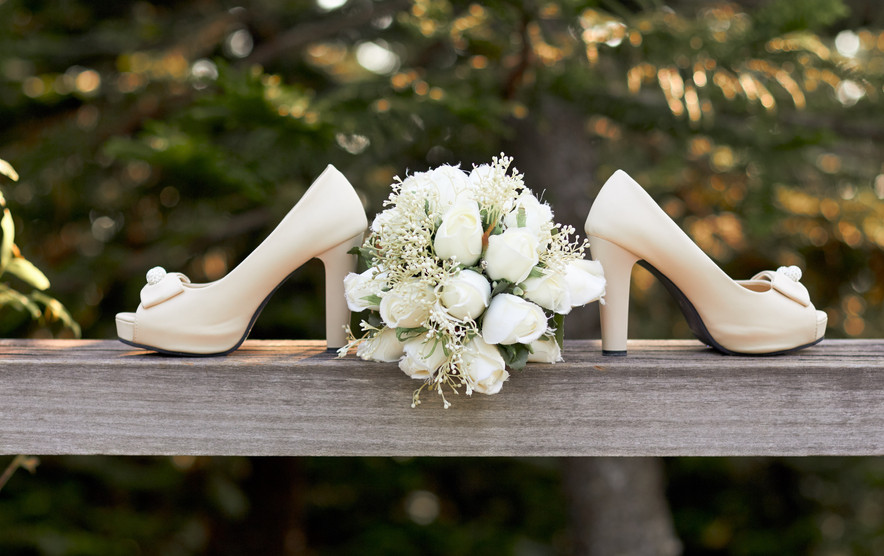 beautiful-bouquet-bride-1445697.jpg
