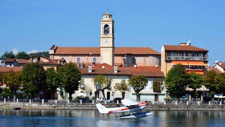 A Sesto Calende la magia del Volo degli Idrovolanti sul Fiume Ticino.