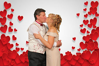 wedding-photo-booth-hire-hull-by-russell-pro-dj-image