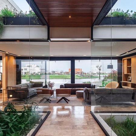 MARINAS HOUSE