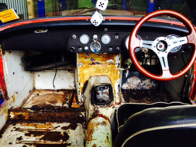 Classis Car Restoration MG Midget