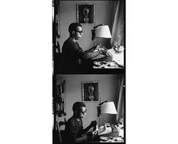 James Baldwin yazarken.