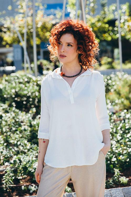 חולצת כפתור בשרוול לבן