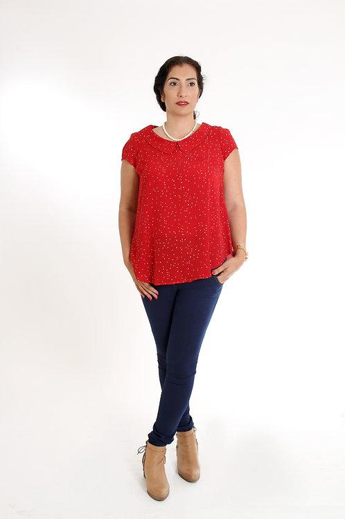 חולצת מעיין אדום לבבות