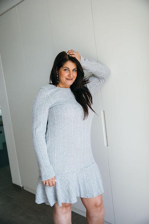 שמלת סריג ניקי אפור בהיר PS