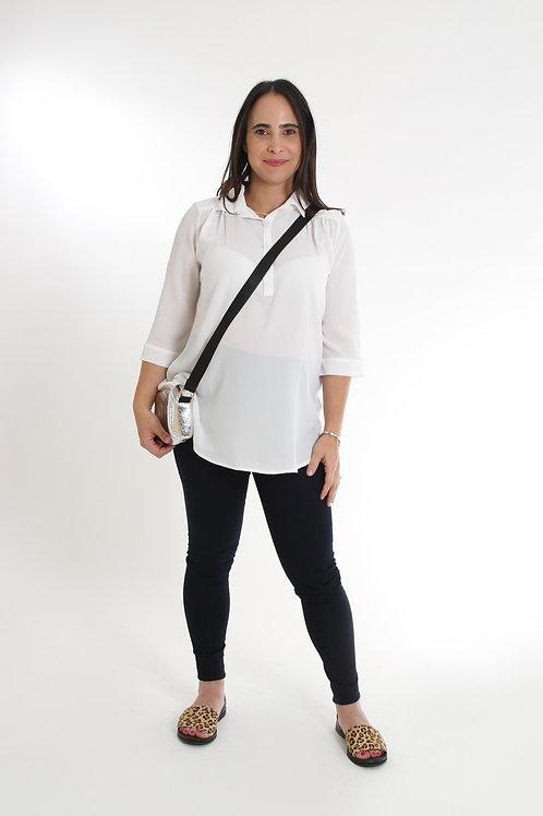 חולצת כפתור בשרוול לבן הריון