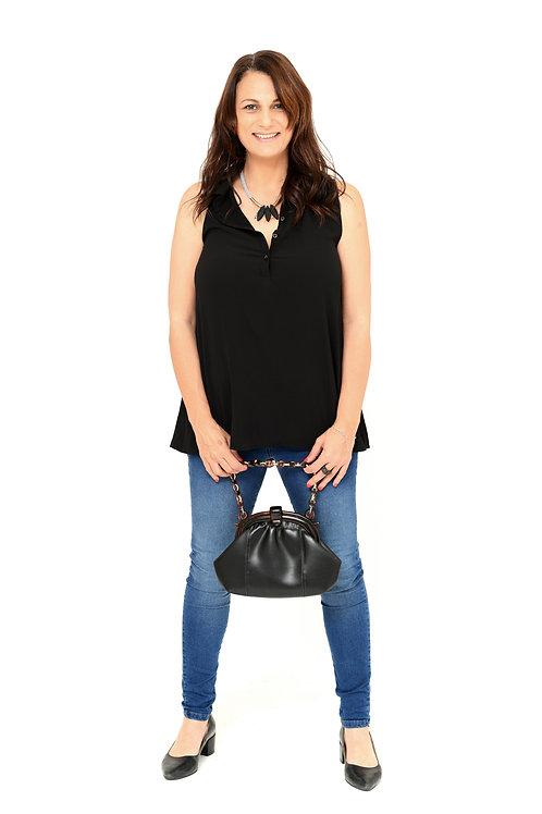 חולצת צוארון שחור