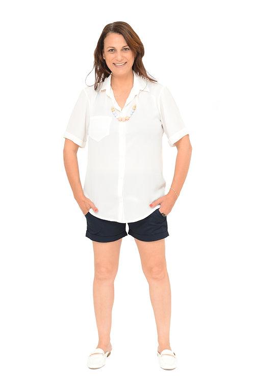 מכנס קצר כפתורים כחול כהה