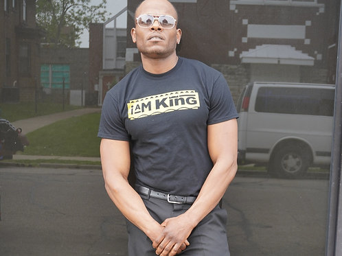I am KING T-Shirt Gold Collection