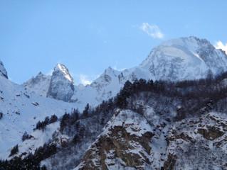 Эльбрус- высочайшая гора России.