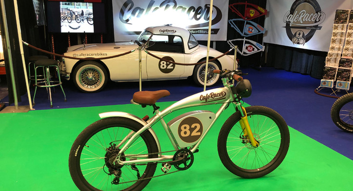 Cafe Racer '82 @ autoshow