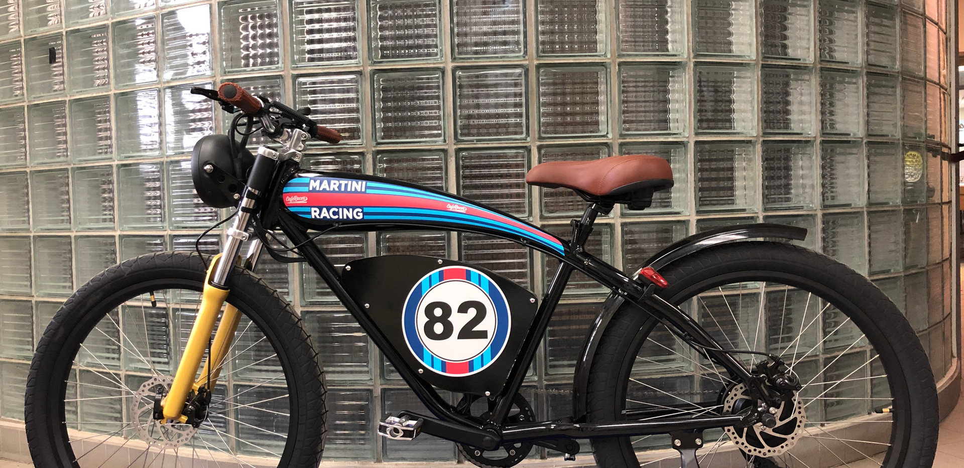 Cafe Racer '82 Martini Noir