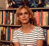"""Carline faz lançamento do livro """"Na Fronteira"""" na Virada Cultural de BH"""