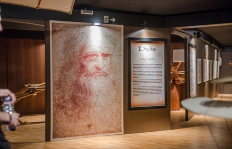 """""""Da Vinci – A Exibição""""traz ao Shopping Cidade importantes fatos da história e da obra do artista e"""