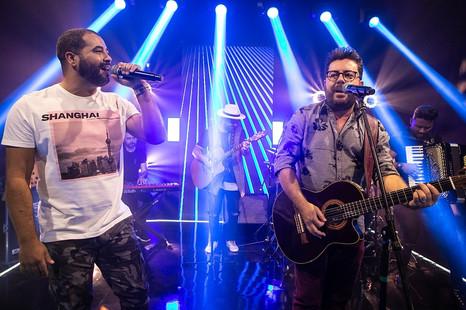 """Bruno César & Luciano lançam clipe e faixa da nova música """"Cê Preferiu Fazer Stories"""""""