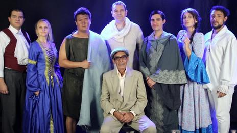 Espetáculo Emmanuel - A luz de Chico Xavier terá única sessão em BH nesta sexta-feira