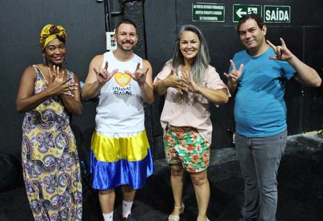 Carnaval inclusivo: Bloco Baianas Ozadas desfila em 2019 com ala especial para surdos
