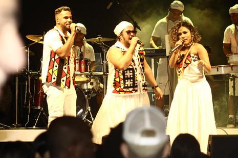 Com novo show, Baianas Ozadas agita importantes eventos em MG