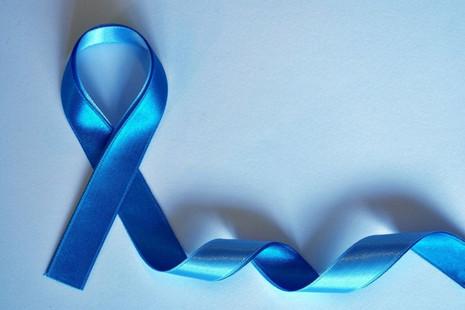 Novembro Azul: urologista fala sobre a importância dos cuidados com os homens com deficiência intele
