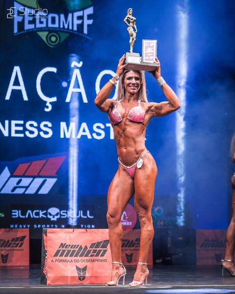 Val Almeida representa Minas Gerais no IFBB Elite Pro Brasil