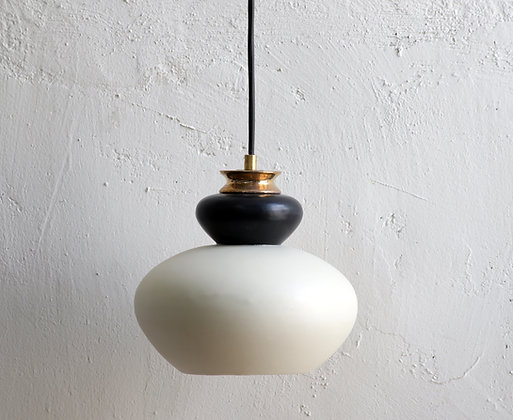 Black&White Medium Apilar Lamp