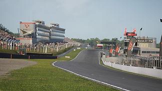 GT4S1 R3 Brands Hatch