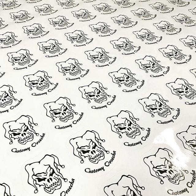 Dla naszego Klienta wydrukowaliśmy i wycięliśmy ploterem naklejki zapraszamy do współpracy #drukarni