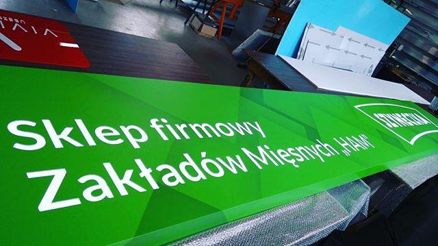 #kasetondibond #wydrukiwielkoformatowe #profesjonalnewydruki #dibond #drukarnia #reklamy #wędliny #k