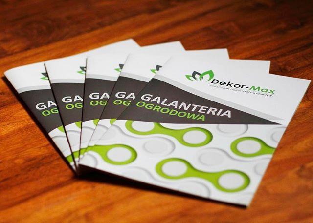 foldery idealny produkt reklamowy do prezentacji oferty Twojej firmy