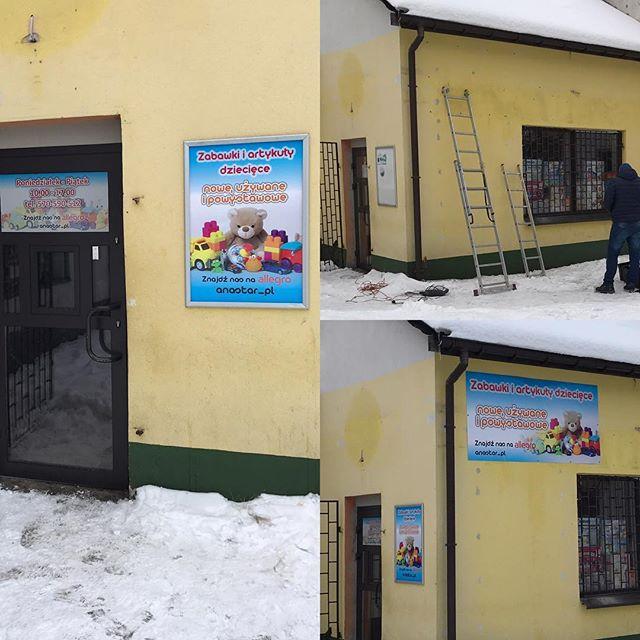Poniedziałek zaczeliśmy szybkim montażem reklam dla firmy Anastar świat zabawek w Ogrodzieńcu