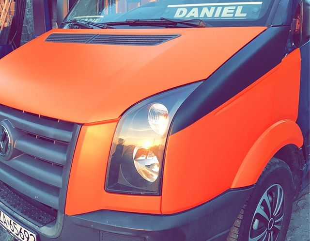 #tuning #pomarańcz #zmianakoloruauta  #crafter #meblenawymiar #mebleunix #oklejaniepojazdow #carwrap