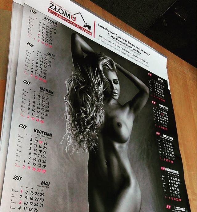 A tak prezentuje się kalendarz listwowany w całej okazałości wykonany sitem