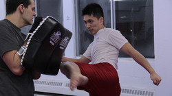 kickboxing_round_house_kick_johnson