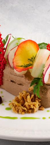 Террин из утиной печени с ягодным джемом
