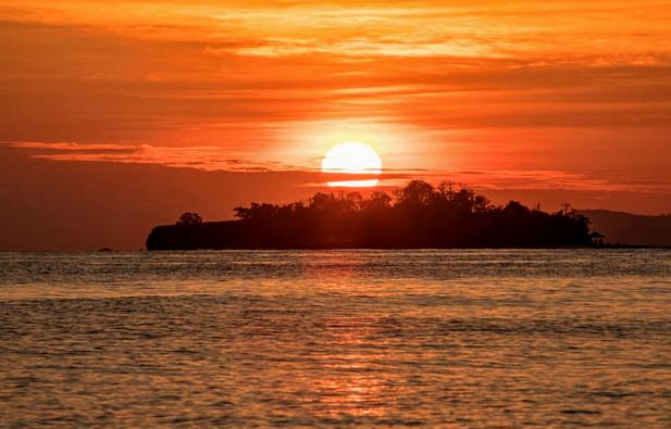 The Flying Chef | tropical island sunrise