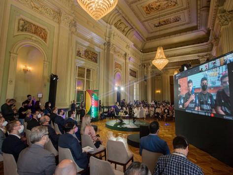 Governo lança plano de ações e investimentos de R$ 1,2 bilhão para obras e qualificação do ensino