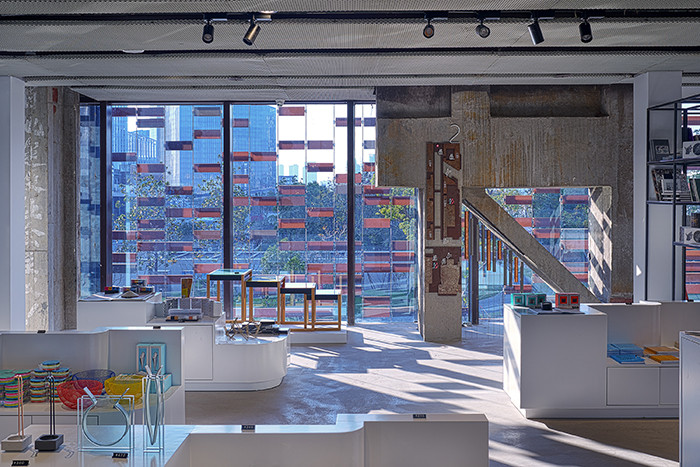 ARTSHIP-design-store-Shanghai-Lapis-Bureau-04web-interiors-window