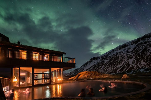 see-the-northern-lights-in-iceland-6.jpg