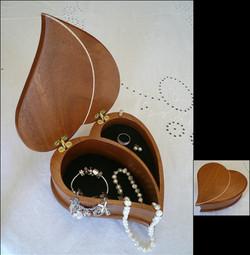 Jewelry/Music Box