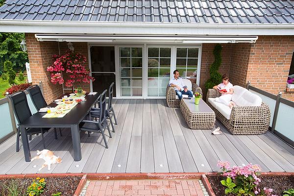 signum_Relaxen-auf-der-Terrasse-von-Fam-