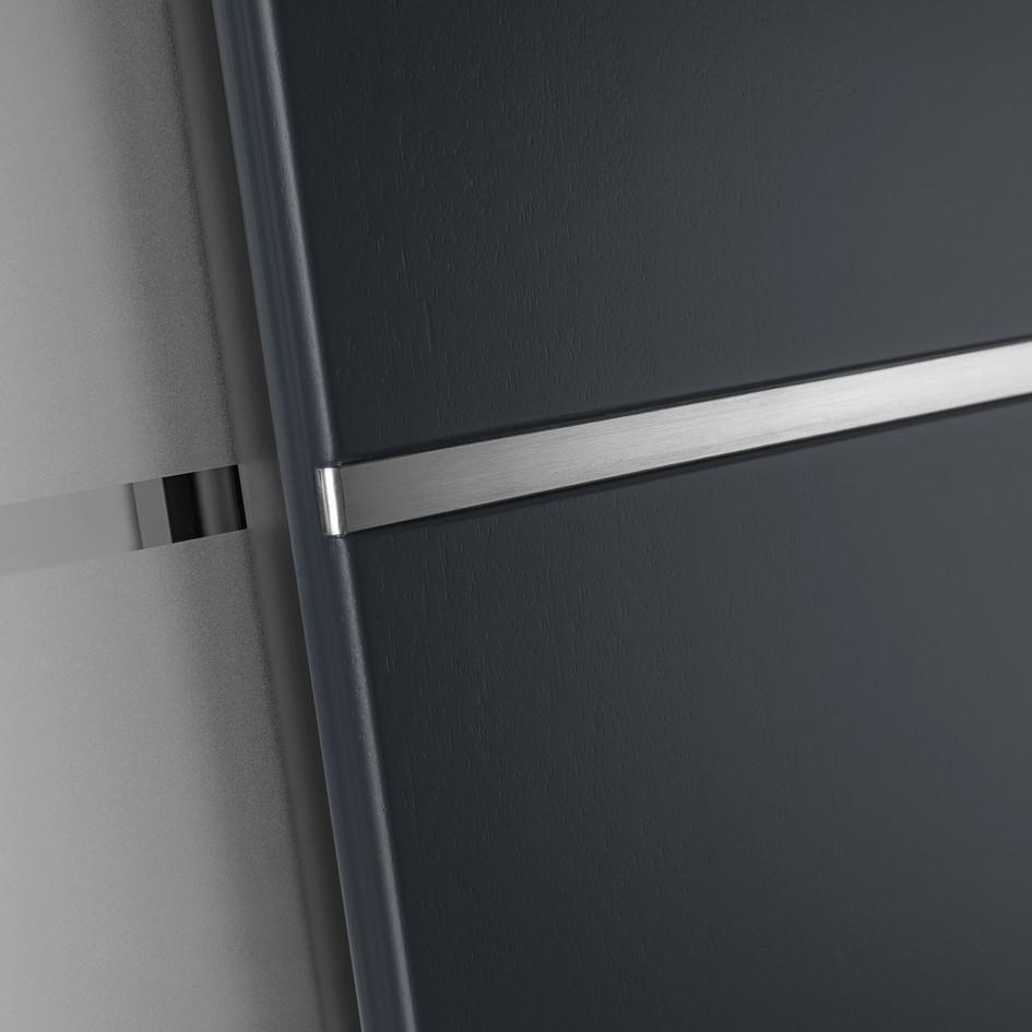 OG8 Glasleiste auf der Außenseite mit ES12 Edelstahlstreifen