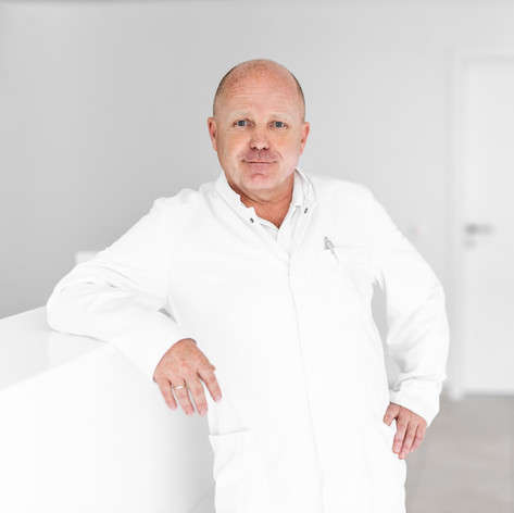 Prim. Dr. Manfred Kontrus