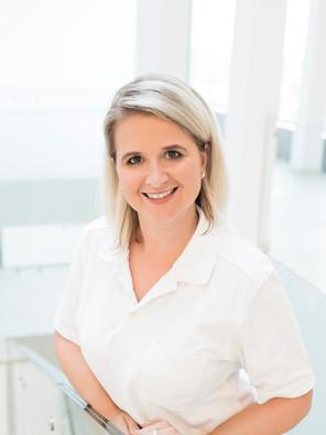 Stefanie Bernhardt