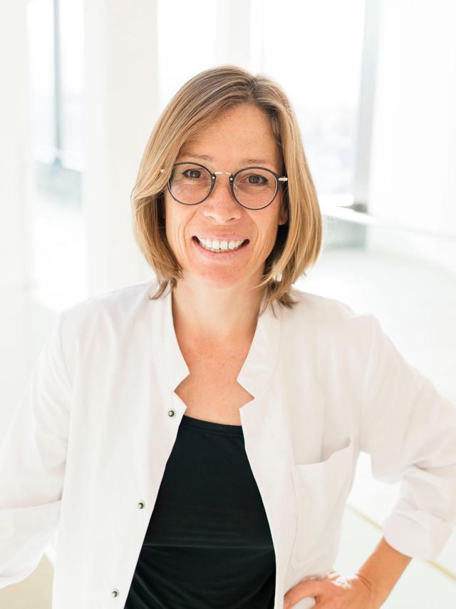 Dr. Martina Salcher