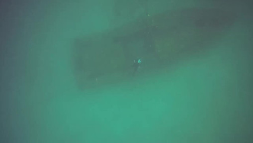 Diving the Police Wreck