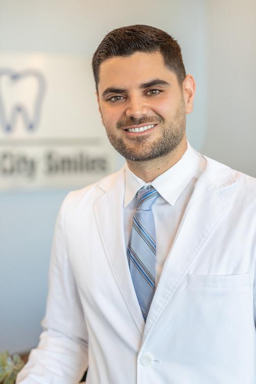 Dentist_implant_drkreisheh.jpg